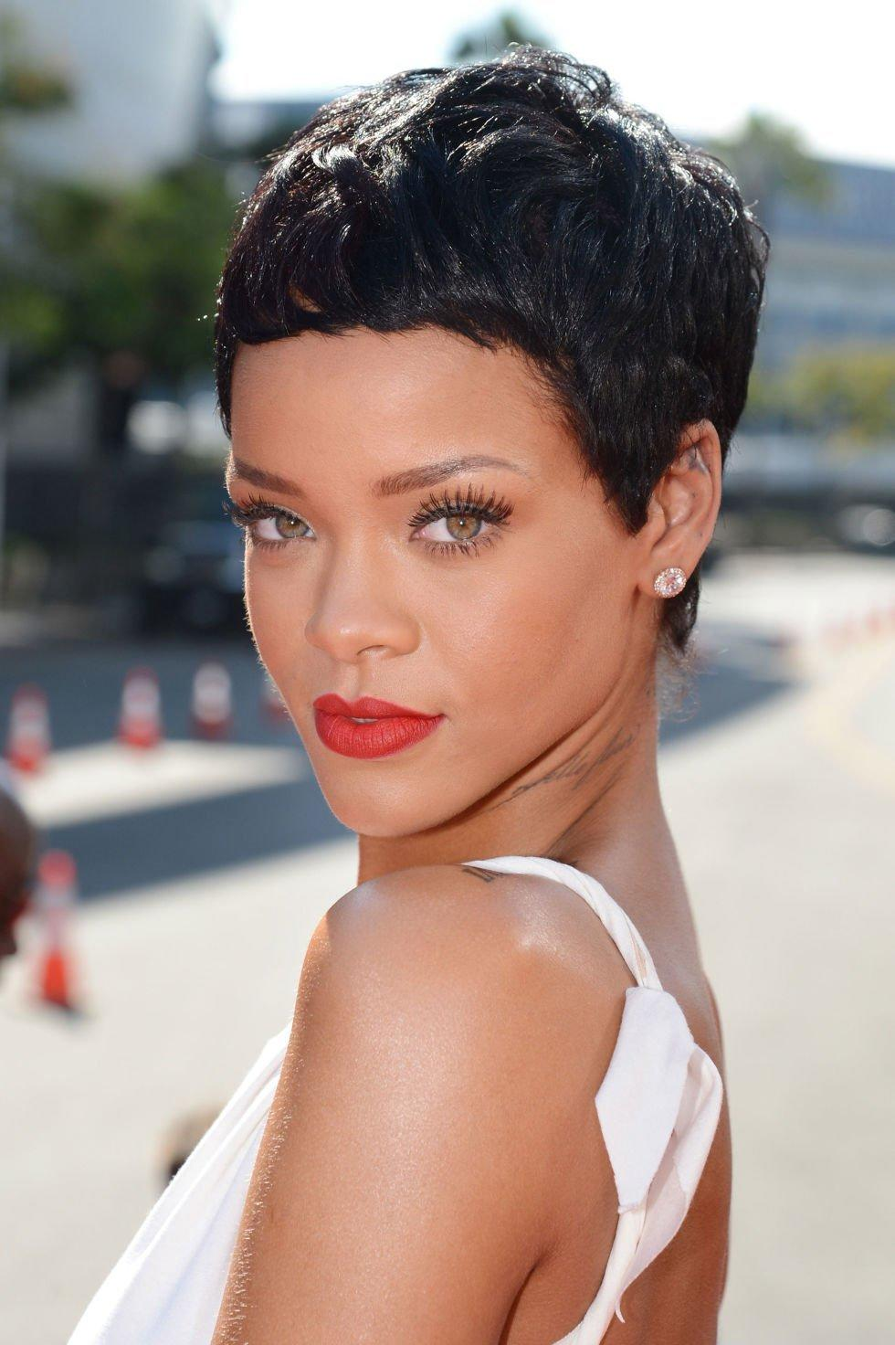 The Best Chic And Beautiful Short Hairstyles For Women Over 50 Pictures
