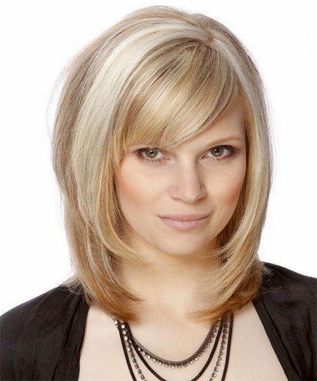 The Best Medium Layered Haircuts With Bangs Pictures