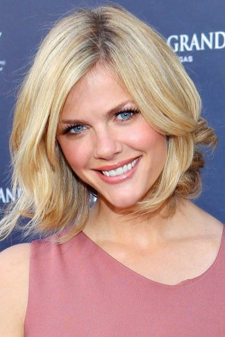 The Best Oval Face Medium Length Hairstyles Pictures