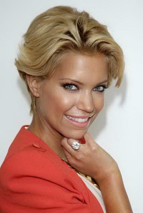 The Best Sophisticated Short Hairstyles For Women Pictures