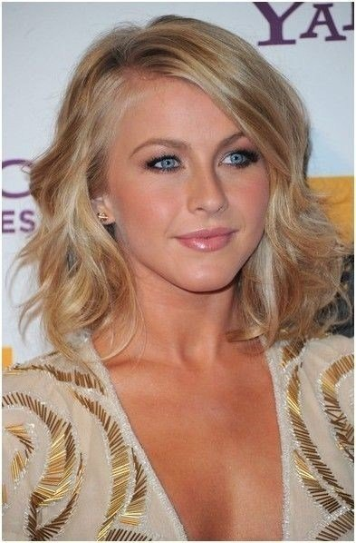 The Best 23 Chic Medium Hairstyles For Wavy Hair Styles Weekly Pictures
