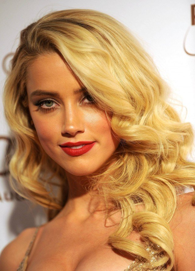 The Best 15 Gorgeous Hairstyles With Big Curls Pictures