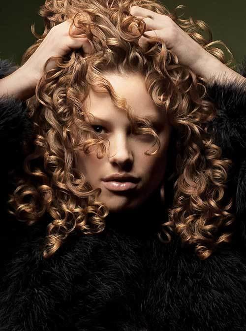 The Best 20 Girls With Long Curly Hair Hairstyles Haircuts Pictures