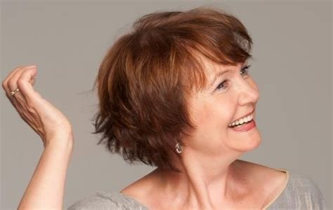 The Best Long Hairstyles For Older Women 7 Haircuts Pictures