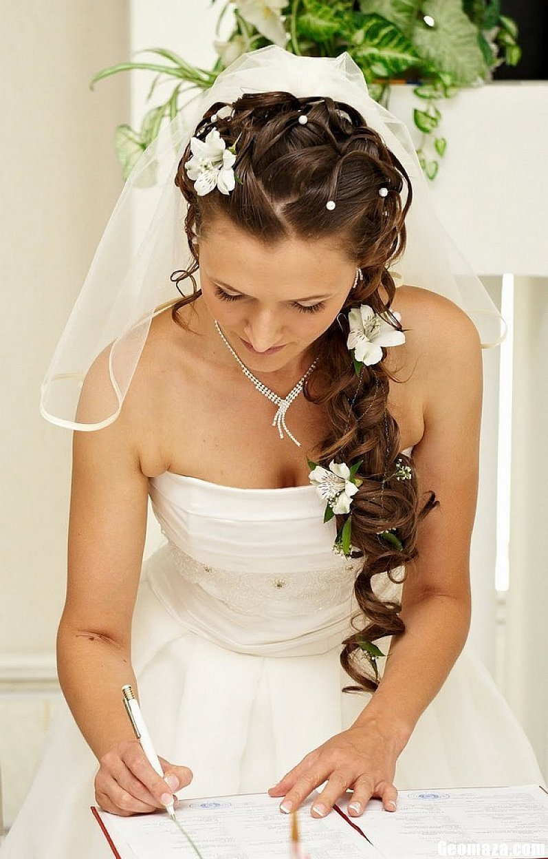 The Best Wedding Hairstyles For Long Hair Images Photos Pictures