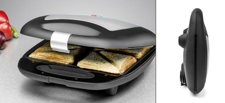 ein großer Sandwichmaker mit 4 Toasts. Doppelbild. Hochkant Aufbewahrung.