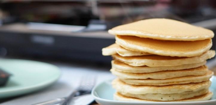 Pancakes vom Rommelsbacher Raclette - Rezept Pancake-Obst Raclette mit dem Testsieger