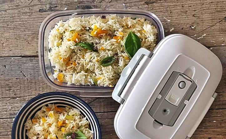 Reisgericht im Vakuumbehälter - Rommelsbacher Vakuumierer für Mealprepping