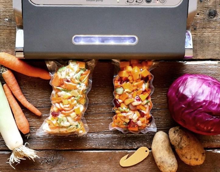 ROMMELSBACHER Vakuumierer mit Gemüsebeutel. Mealprepping heißt Vorkochen & mehr.