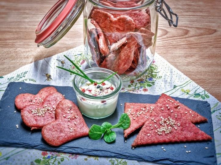 Rotes Knäckebrot  -  Knäckebrot Herzen & fröhliche Ernährungstherapie - Rommelsbacher Rezept
