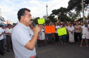 Pongo mi renuncia y mi cabeza si con eso se arreglan las cosas Saúl Vicente Vázquez. (3)