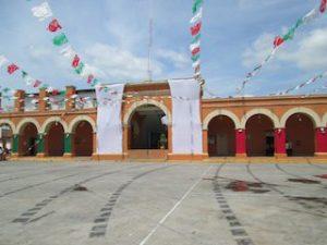 SE REMODELARA EL PALACIO MUNICIPAL, CONSTRUYENDO BALCON Y SALA DE CABILDO