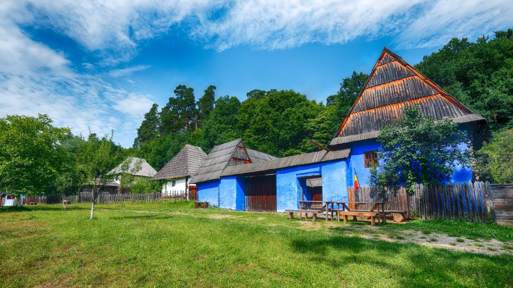 view of traditional romanian peasant houses in tra CMJRE4J 1