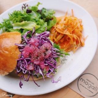 food stand magali