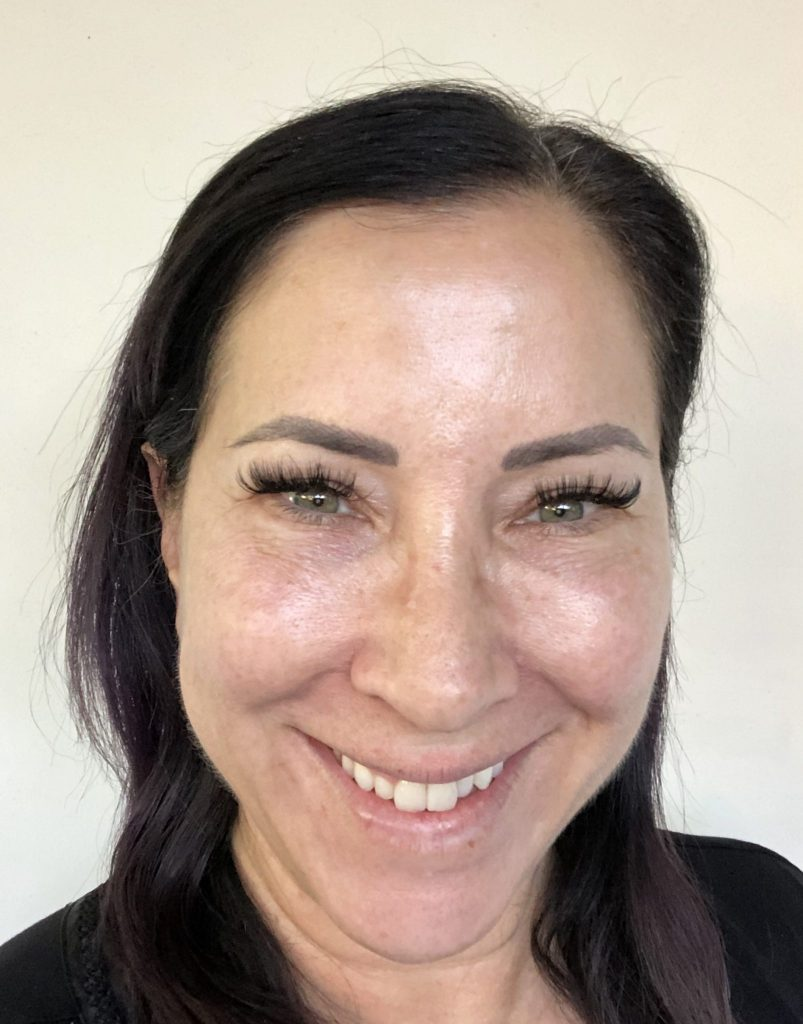 I'm kicking off the New Year by rebooting my wellness and committing to eating healthier, exercising more & rejuvenating my skin with StriVectin's Skin Reset
