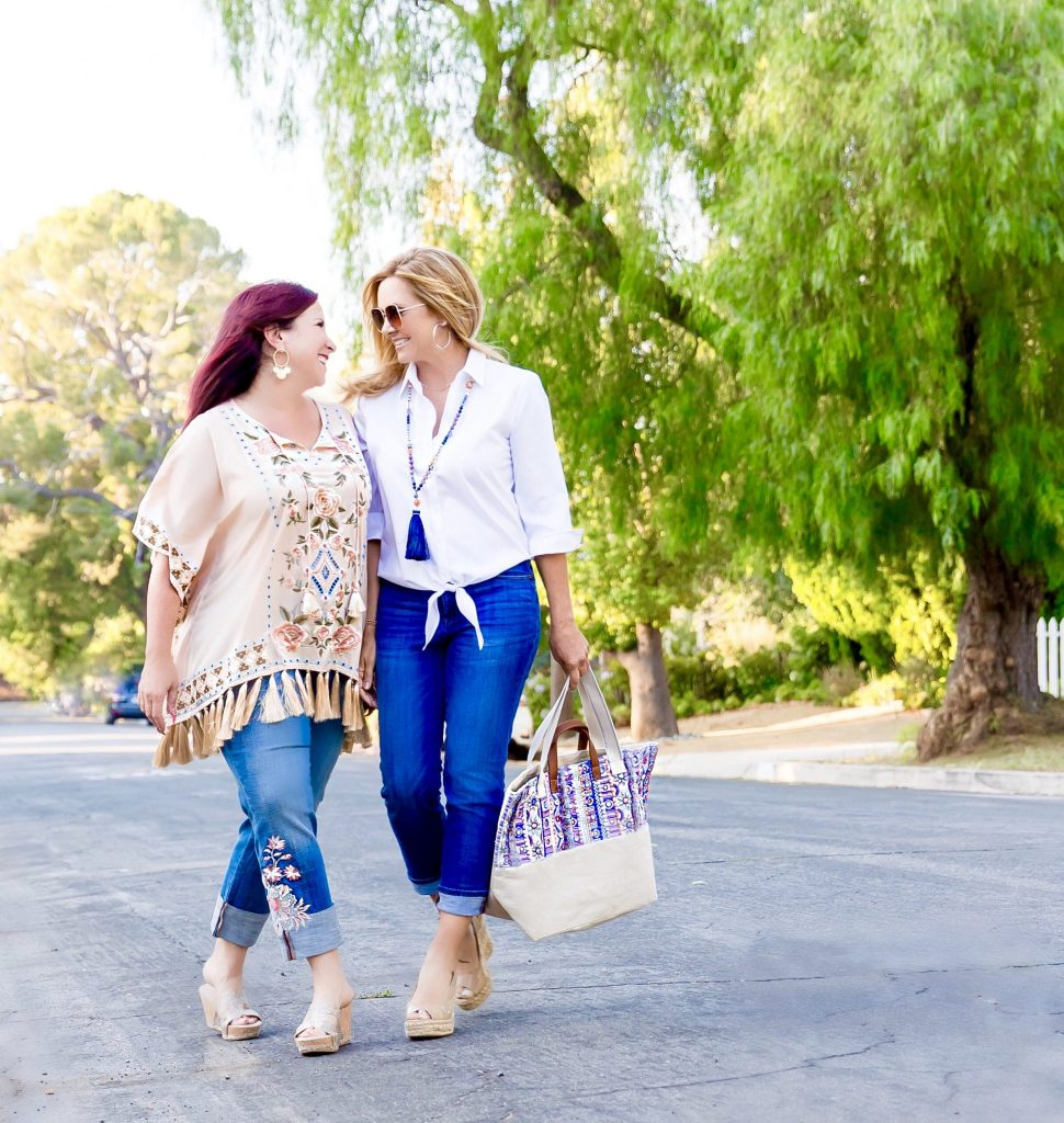 In honor of National Girlfriends Day, I'm delighted to collaborate with Chico's and share how fab fitting jeans & the support of your bestie makes all the difference