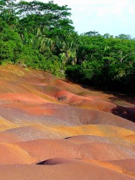 Seven Coloured Earths-1