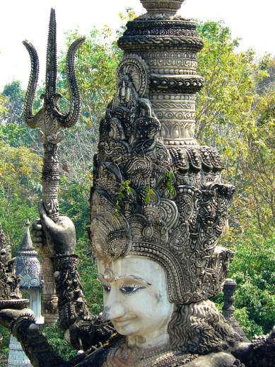 Sculpture park in Nong Khai-2