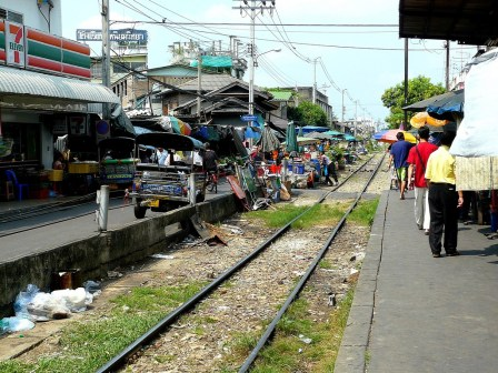 Market on trainstation3