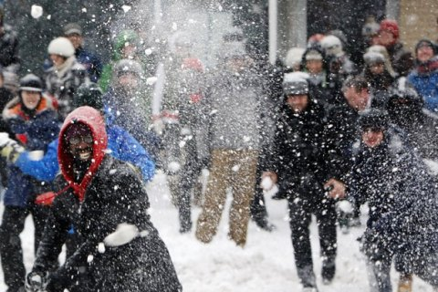 Permalink to: Traditions – Snowball Fights