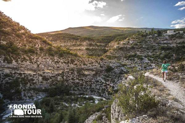gorges-du-verdon-Private-Tour-Van-Excursions-Ronda-Tour-Cannes-Provence-French-Riviera-France