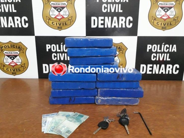 300 MIL: Cão farejador descobre droga em carro e Denarc prende motorista com 12 quilos
