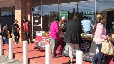 reec-host-grocery-give-away-payusa-11-20-11