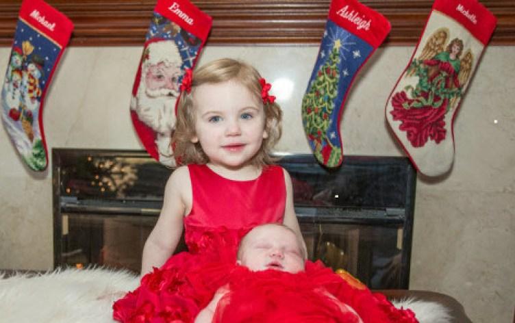 NewbornAshleigh_Emma&Sister