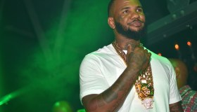 The Game Host Prive