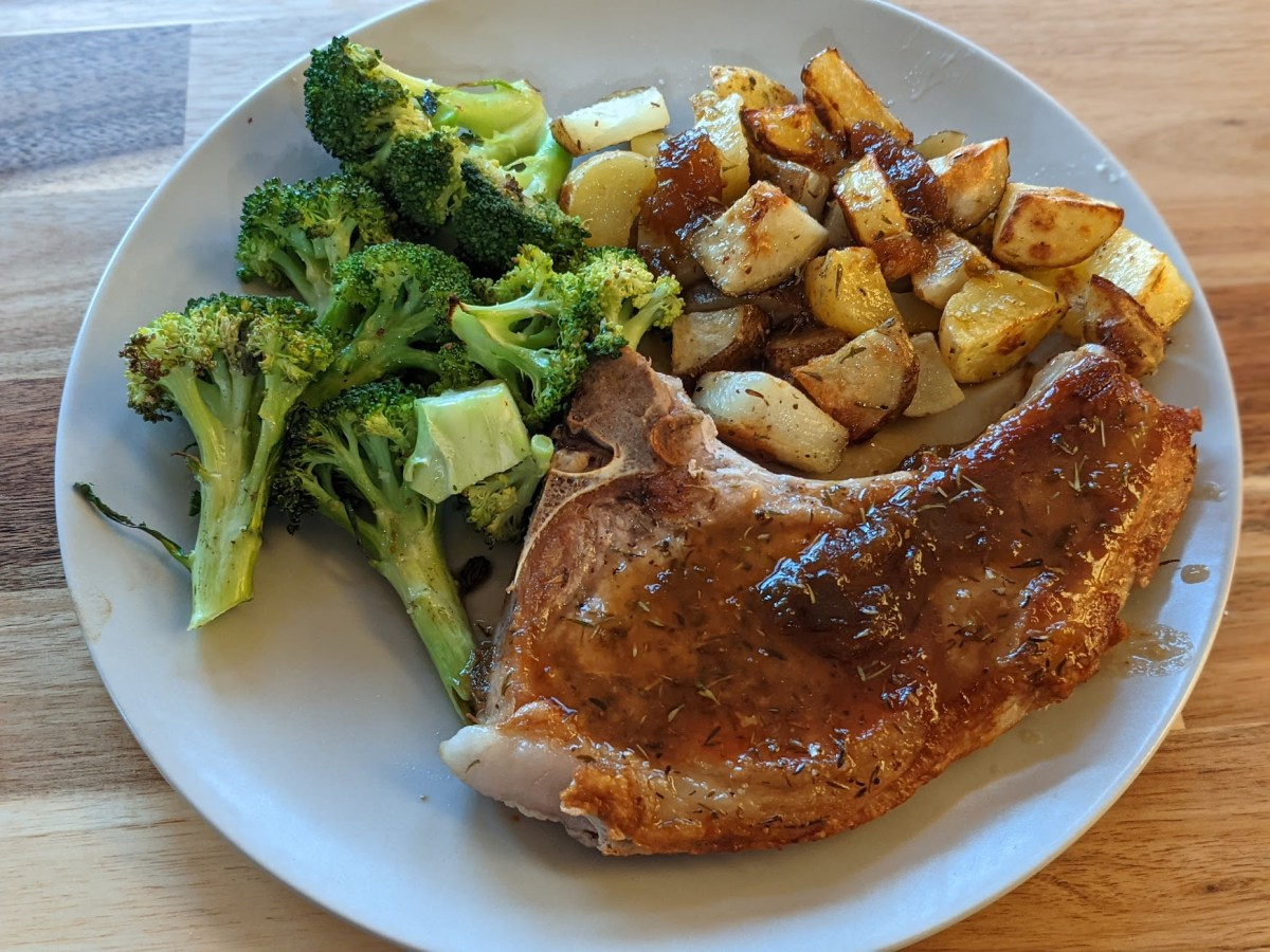 Bone-In Pork Chops with Fig Sauce, Roasted Potatoes, and Broccoli recording.