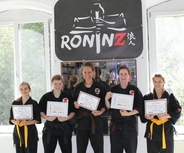 Gratulation zu bestandenen Prüfung! 16.07.2017 Sabrina 3. Dan, Saby 2.Dan, Lara 1. Kyu, Felicia 7. Kyu, Florentine 7. Kyu
