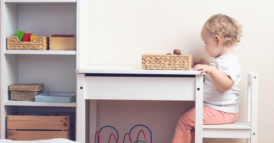 Domowy kącik Montessori dla niemowlaka i przedszkolaka