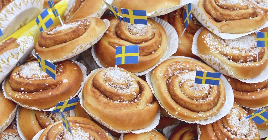Wszystko co najlepsze w szwedzkich Kanelbullar i amerykańskich Cinnabons