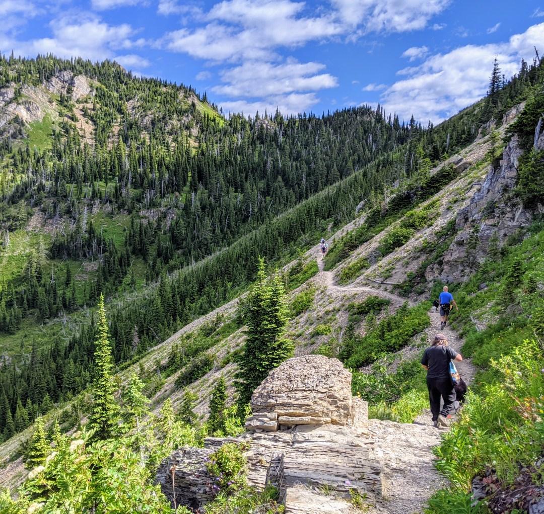 Hiking Twin Lakes