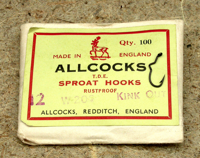 14. Allcock's, sproat hooks, W 206, #12, kink out, bronzed, hollow point, Redditch England.