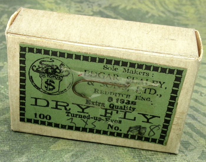 18. Edgar Sealy & Sons, LTD., S 1938, turned up eye, bronzed, Redditch England.