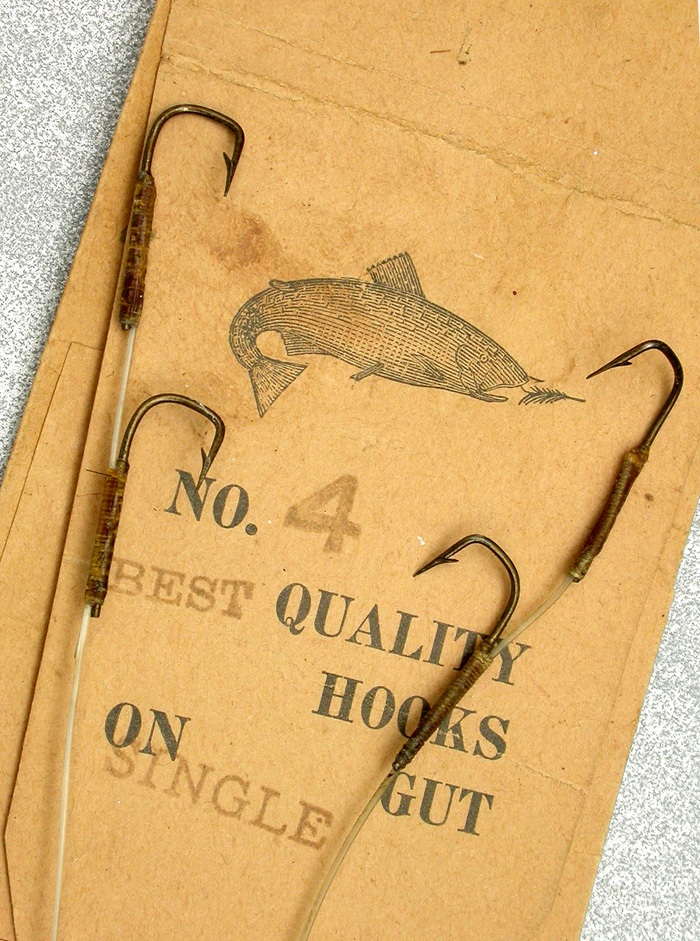 36b  Best Quality, sneck, #4, single gut, bronzed. They didn't even bother to print Best on this packet of hooks.