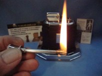 Fully refurbished vintage table lighter
