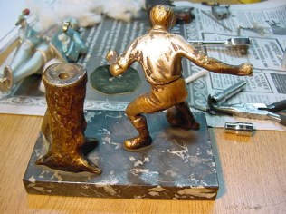 Soccer figure strike lighter