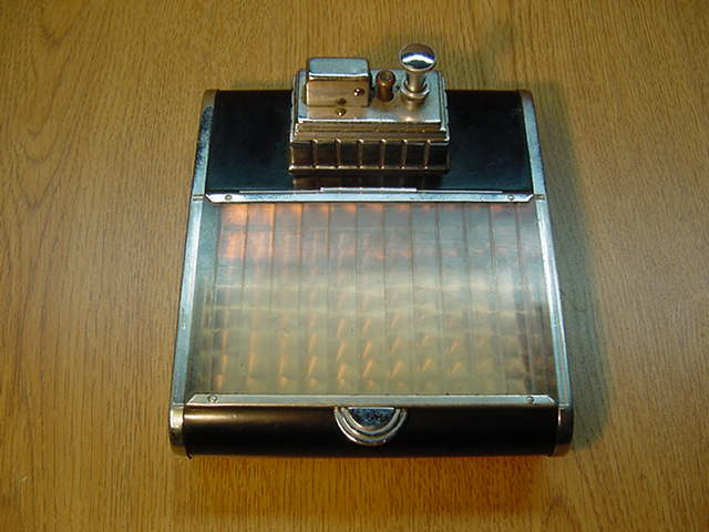 Art Deco Cigarette box with Touch Tip