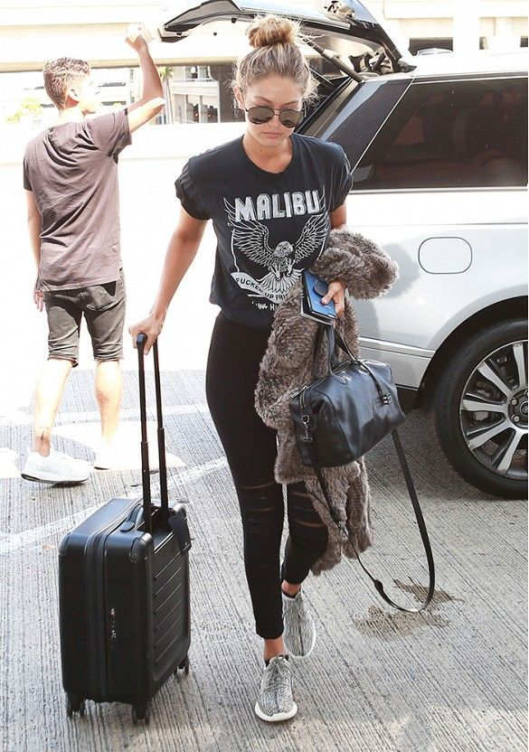 Travel_airport_outfit_rooftopantics_gigi_hadid2
