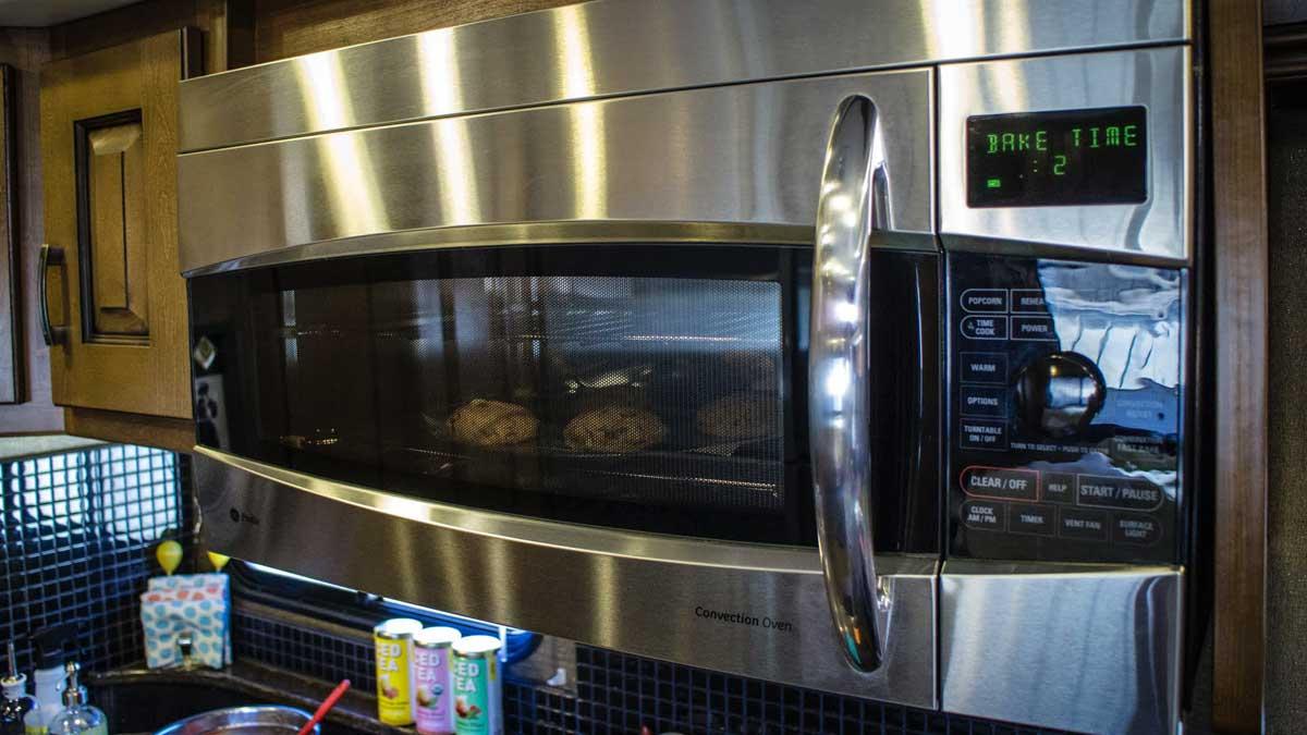 helpful kitchen appliances microwave