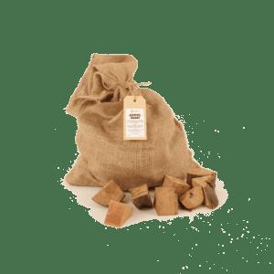 Appel Rookhout Chunks 2-5kg voorkant met los