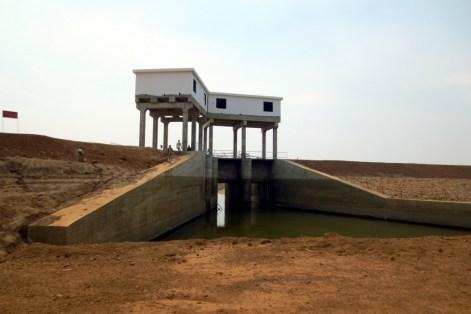 Ein Großteil der zum Wasserkraftwerk gehörenden Infrastruktur ist bereits fertiggestellt bzw. ist kurz davor.