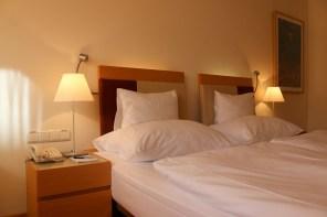 Die Betten im andel's Prag sind dafür sehr gemütlich.