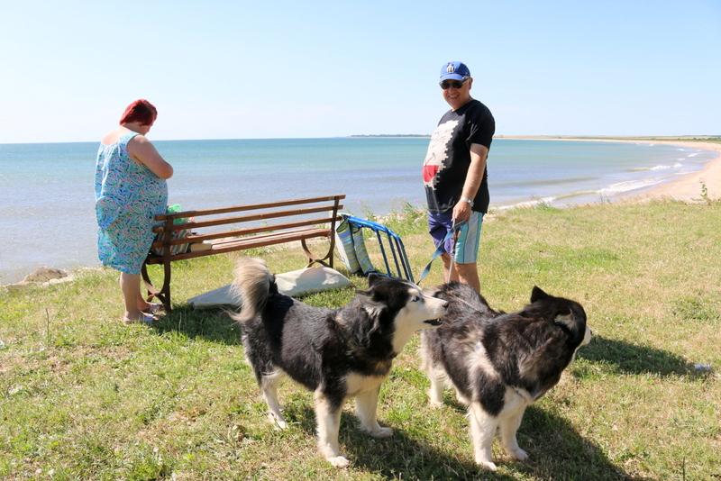 Der Strand von Durankulak ist offensichtlich für Zwei- und Vierbeiner ein gutes Ausflugsziel.