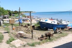 In Krapets reihen sich die Fischerboote auf. Jedoch haben wir keinen Fischer zu Gesicht bekommen.