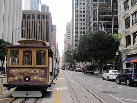 Die berühmten Cable Cars in San Francisco gehören auf jedes Programm.