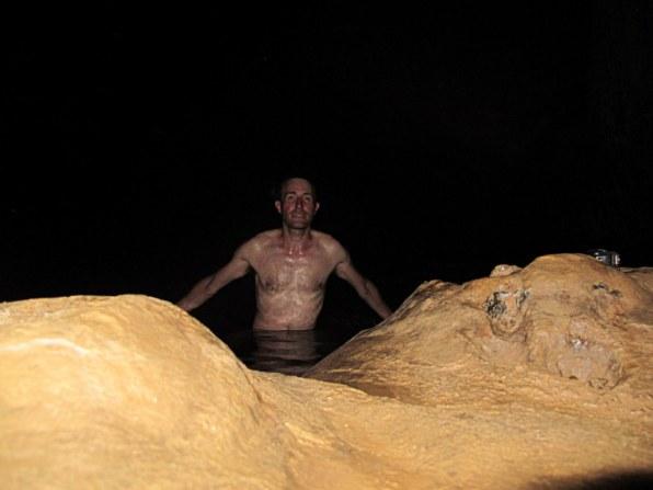 In Kuba kann man auch in Höhlen tauchen gehen.
