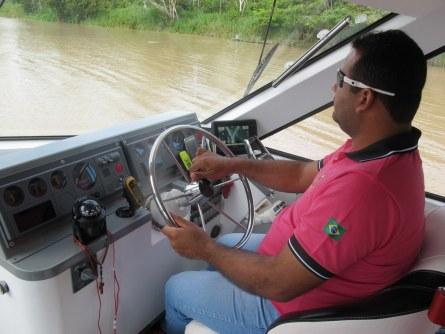 Auf meinem Schnellboot bin ich Kapitän!